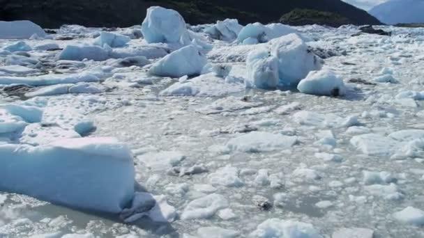 Vista aérea hielo glaciar Knik fluye Río Knik Alaska, Estados Unidos — Vídeo de stock