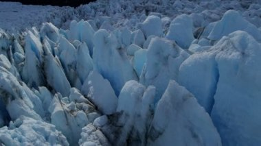 Deep crevasses of blue glacier — Stock Video