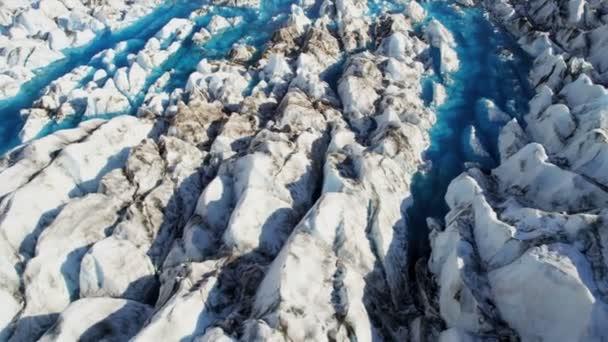 Piscinas de formaciones glaciarias — Vídeo de stock