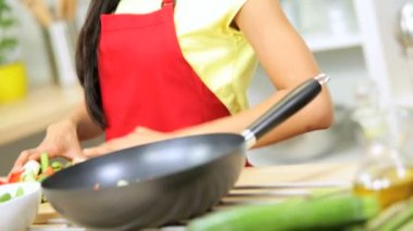 Female wearing apron at kitchen — Stock Video