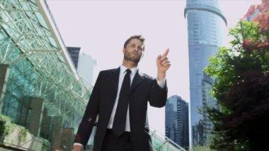 户外的商人 — 图库视频影像