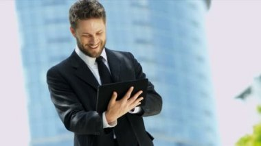 Businessman with tablet — Stock Video