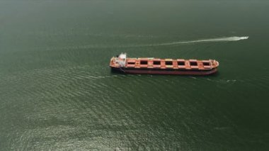 Aerial view of global ocean going bulk carrier, Vancouver — Stock Video