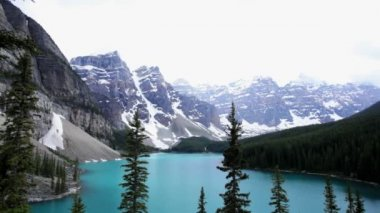 Lake Moraine Banff National Park, Canada — Stock Video