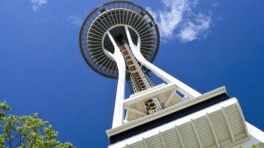 Space Needle lift motion Seattle, USA, Time lapse — ストックビデオ
