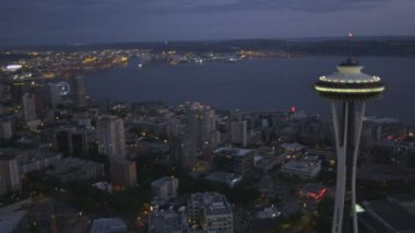 Aerial close up view illuminated Space Needle  Kerry Park, Seattle, USA — Stock Video