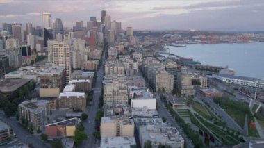 Aerial coastal view downtown Seattle Alaskan Way Viaduct, USA — Stock Video