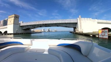 Drawbridge on Venetian Causeway — Stock Video
