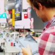Young Male Tablet Sightseeing New York Times Square — Stock Video