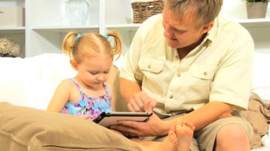 Caucasian Father Young Child Wireless Tablet — Stock Video