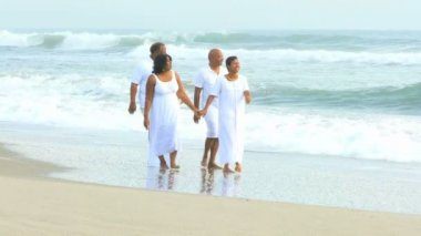 African American Senior Couples Retirement Lifestyle — Video Stock