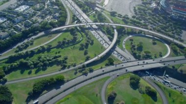 Aerial view Highway interchange, Honolulu — Stock Video