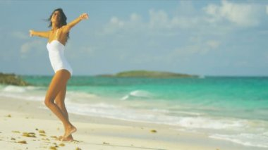 Carefree Girl Loving Island Lifestyle — Stock Video