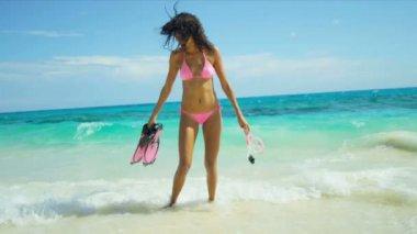 Beach Girl Ocean Shallows Snorkel Fins Mask — Stock Video