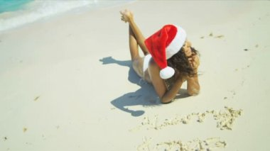 Beautiful Girl Xmas Hat Advertising Island Holiday Getaway — Stock Video