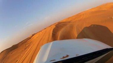 Off road adventure vehicle — Stock Video