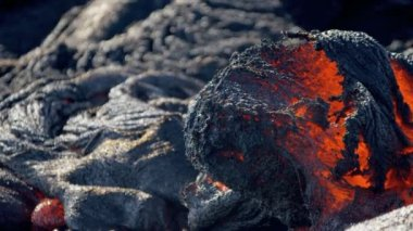Remorseless flow burning volcanic lava — Stock Video