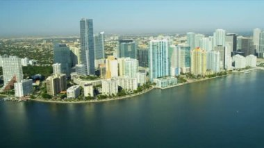 Aerial view condominiums Brickell Key, Miami — Stock Video