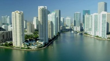 Aerial Downtown view luxury hotels and condominiums Miami — Stock Video