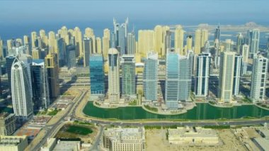 Aerial view of Jumeirah Lake Towers, Dubai — Stock Video