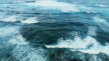 Aerial view of Ocean waves — Stock Video