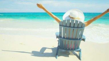 Carefree Beach Girl Celebrating Tropical Beach Life — Stock Video