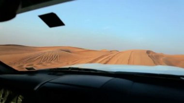 Dubai desert off road vehicle driving in extreme terrain — Stock Video