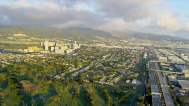 Aerial view of highways near Pearl City, Hawaii — Stock Video