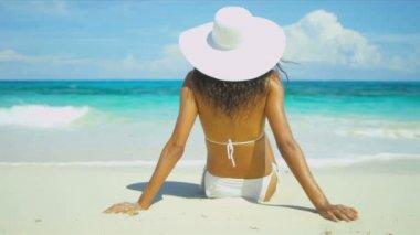 Bikini Girl Relaxing Dream Paradise Island — Stock Video