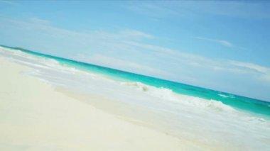 Hispanic Girl Running Tropical Beach Into Sea — Stock Video