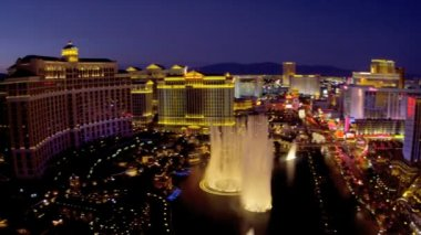 Bellagio Hotel and fountains — Stock Video