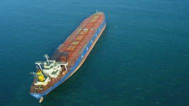 Ocean freighter ship of Hong Kong — Stock Video