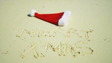 Santa Hat Seasonal Message Tropical Island Beach — Stock Video