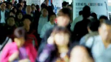 City streets full of Asian commuters — Stock Video