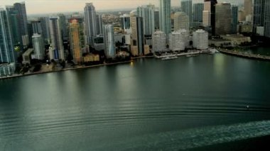 Aerial dusk view hotels and condominiums, Miami — Stock Video