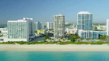 Aerial view South Beach Miami hotels — Vídeo Stock