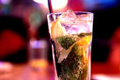 Majito in bar — Stock Photo