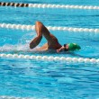 Swimmer crowls in pool 2 — Stock Photo