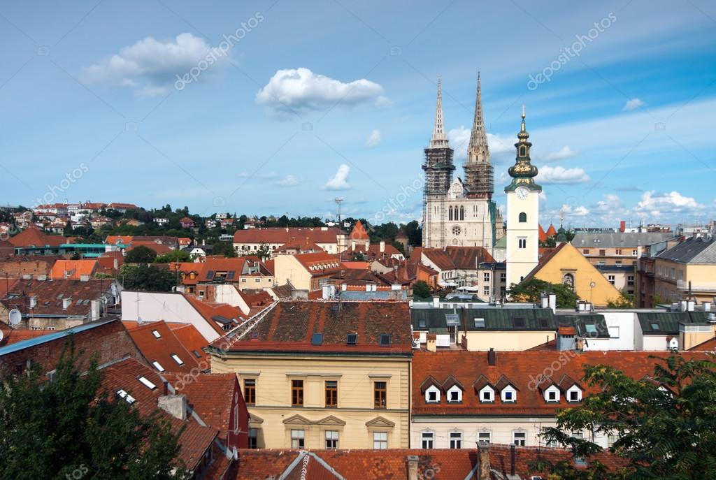 Zagreb_Croatia_view from upper town — Stock Photo #14735129