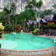 Swiming pool in tropical resort — Foto Stock
