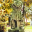 Headless statue on cemetery — Foto Stock