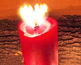 Vela roja encendida — Foto de Stock