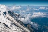 Chamonix vita toppar — Stockfoto
