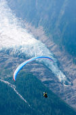 Paraglide over Alps ice-flow — Stock Photo