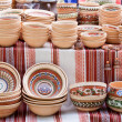 Handmade ceramics with traditional patterns at handicraft market — Stock Photo