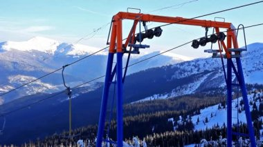 Ski lift, static video. — Stock Video