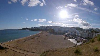 Pan timelapse Albufeira fishermen beach, Algarve, Portugal — Stock Video