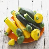 Green and Yellow Summer Squash Assortment — Stock Photo