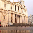 St. pauls cathedral with red double decker bus in Londo — Stock Photo #47135141