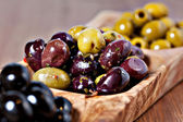 Variety of green, black and mixed marinated olives — Stock Photo